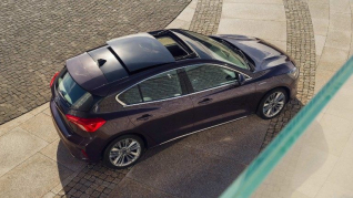 ford-focus-eu-2018_FORD_FOCUS_VIGNALE_Top_A_static_08-16x9-2160x1215.jpg.renditions.small.jpeg